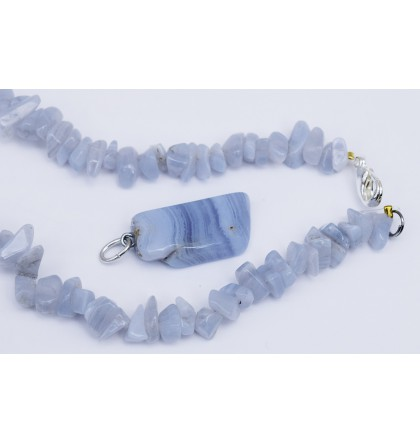 CALCEDOINE BLEUE COLLIER BAROQUE