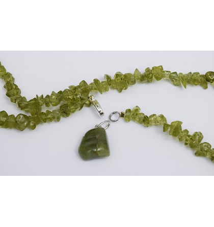 CHRYSOLITHE COLLIER PERIDOT PIERRES BAROQUES